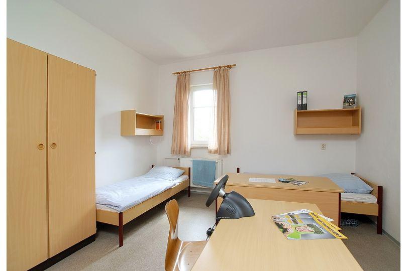 Doppelzimmer im Wohnheim der Dachdeckerschule