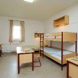 Wohn- und Schlafbereich im Wohnheim