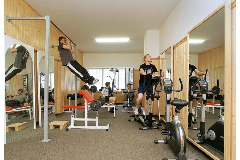 Fitnessraum der Schule