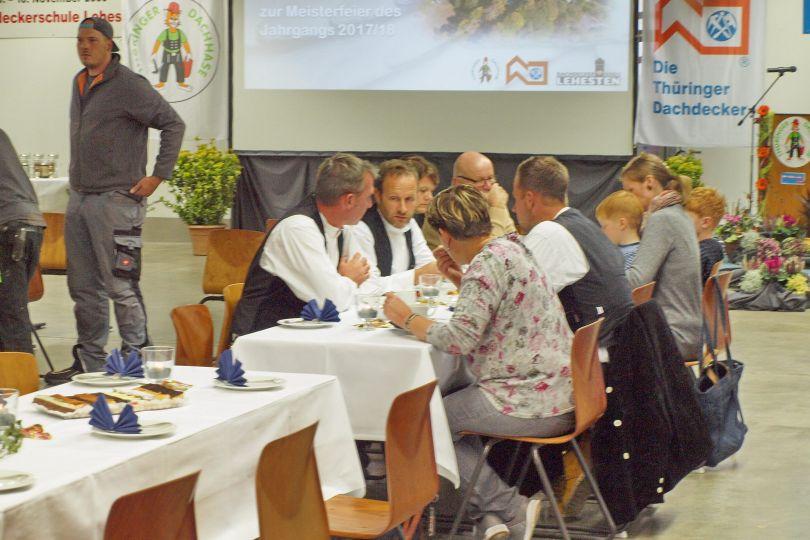 Gäste der Meisterfeier Dachdeckerschule Lehesten